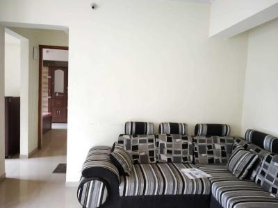 Gallery Cover Image of 620 Sq.ft 1 BHK Apartment for rent in Kasarvadavali, Thane West for 15000