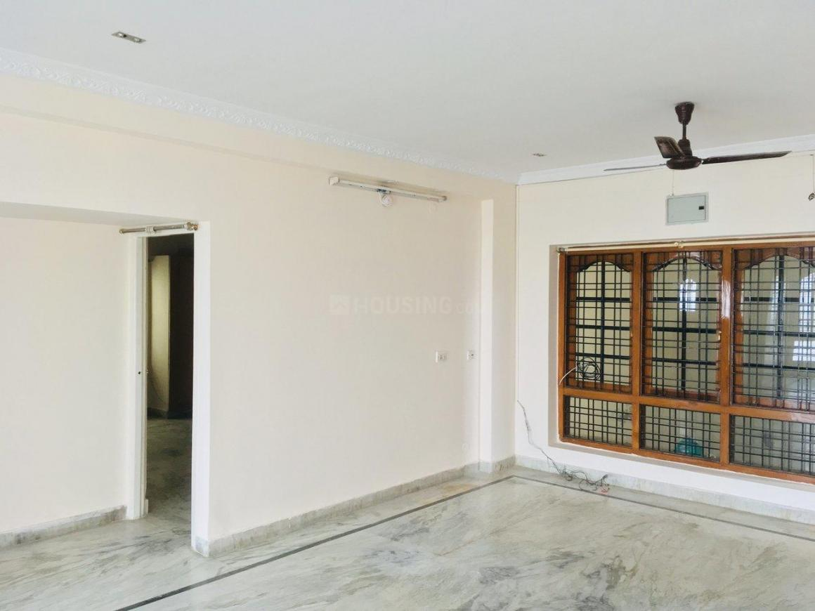 Living Room Image of 1500 Sq.ft 3 BHK Apartment for rent in Nallakunta for 26000