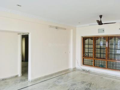 Gallery Cover Image of 1500 Sq.ft 3 BHK Apartment for rent in Nallakunta for 26000