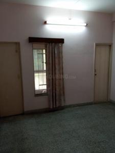 Gallery Cover Image of 1170 Sq.ft 3 BHK Apartment for buy in Regent Tower, Netaji Nagar for 7200000
