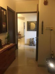 Gallery Cover Image of 2400 Sq.ft 4 BHK Apartment for rent in Bandra East for 210000
