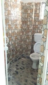 Common Bathroom Image of 650 Sq.ft 1 BHK Independent House for rent in Keshtopur for 7000