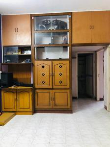 Gallery Cover Image of 600 Sq.ft 1 RK Apartment for rent in Sea Breeze apartments, Thiruvanmiyur for 12000