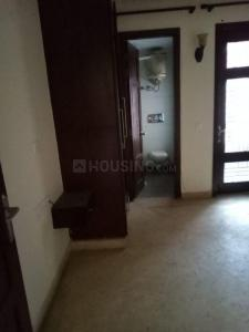 Gallery Cover Image of 1800 Sq.ft 3 BHK Independent Floor for rent in Chittaranjan Park for 53000