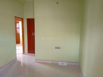 Gallery Cover Image of 550 Sq.ft 1 BHK Independent House for rent in Choolaimedu for 10000