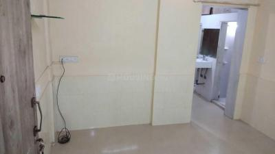 Gallery Cover Image of 530 Sq.ft 1 BHK Apartment for rent in Borivali West for 17000