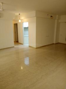 Gallery Cover Image of 1200 Sq.ft 2 BHK Apartment for rent in Bandra East for 125000