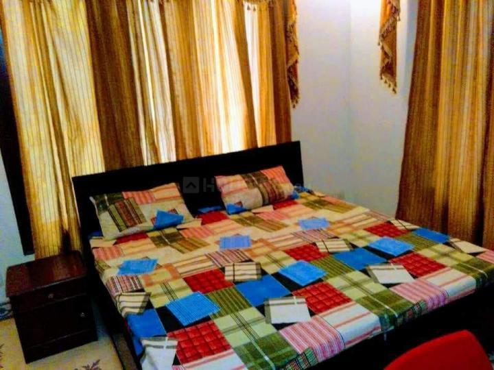 गर्ल्स पीजी इन सेक्टर 17 के बेडरूम की तस्वीर