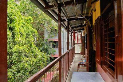 Balcony Image of Beenas Hostel in Rasta Peth