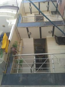 Gallery Cover Image of 344 Sq.ft 2 BHK Independent House for rent in Sector 5 Rohini for 10000