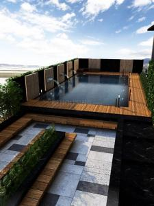 Gallery Cover Image of 3600 Sq.ft 5 BHK Apartment for buy in AP White Rose, Bandra West for 235000000