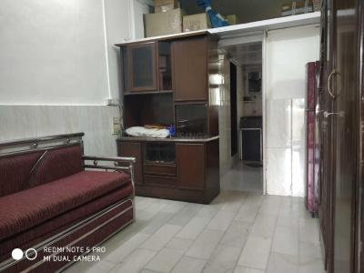 Gallery Cover Image of 450 Sq.ft 1 BHK Apartment for rent in Bandra East for 30000