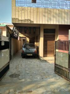 Gallery Cover Image of 2250 Sq.ft 4 BHK Independent House for buy in Govind Nagar Railway Colony for 13800000
