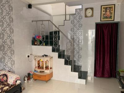 Gallery Cover Image of 500 Sq.ft 1 BHK Independent House for buy in Kandivali West for 6800000