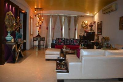 Gallery Cover Image of 2810 Sq.ft 4 BHK Apartment for buy in DLF The Icon, Sector 43 for 34000000