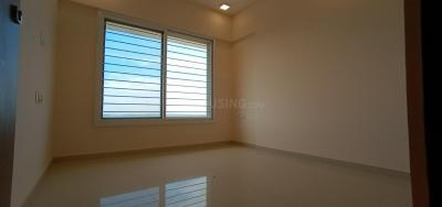Gallery Cover Image of 900 Sq.ft 2 BHK Apartment for rent in Kandivali West for 28000