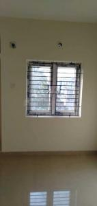 Gallery Cover Image of 948 Sq.ft 2 BHK Apartment for buy in Pallikaranai for 5000000