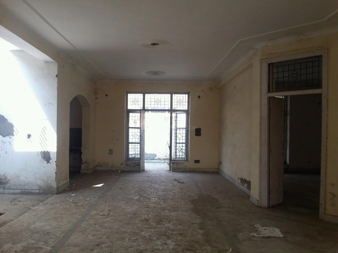 Living Room Image of 2050 Sq.ft 2 BHK Independent House for buy in Omicron II Greater Noida for 8000000