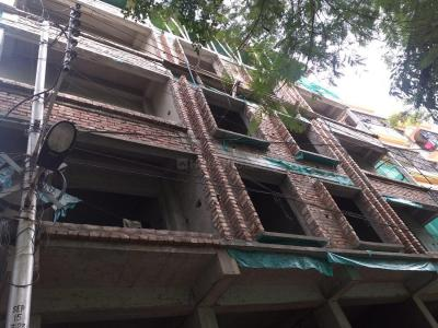 Gallery Cover Image of 1002 Sq.ft 2 BHK Apartment for buy in Lake Town for 5511000