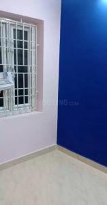 Gallery Cover Image of 600 Sq.ft 2 BHK Apartment for rent in Ramapuram for 13000