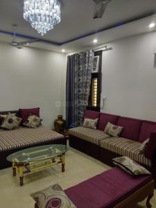 Gallery Cover Image of 1100 Sq.ft 3 BHK Independent Floor for rent in Sector 23 Dwarka for 16000