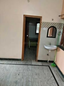 Gallery Cover Image of 950 Sq.ft 2 BHK Independent Floor for buy in Samlong for 8000000