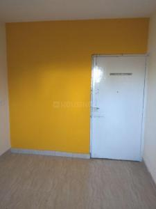 Gallery Cover Image of 410 Sq.ft 1 RK Apartment for rent in Borivali West for 14500