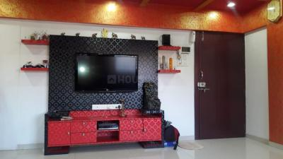 Gallery Cover Image of 1090 Sq.ft 3 BHK Apartment for rent in Shukrawar Peth for 50000