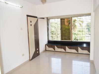 Gallery Cover Image of 580 Sq.ft 1 BHK Apartment for rent in Santacruz East for 35000