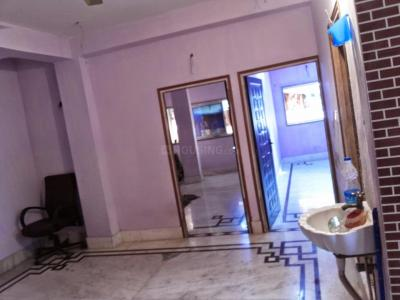 Gallery Cover Image of 800 Sq.ft 2 BHK Apartment for rent in Topsia for 9000