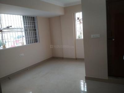 Gallery Cover Image of 750 Sq.ft 1 BHK Independent House for rent in Thanisandra Main Road for 15000