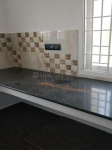 Gallery Cover Image of 700 Sq.ft 2 BHK Apartment for rent in Panaiyur for 20000