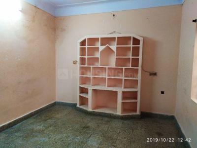 Gallery Cover Image of 600 Sq.ft 1 BHK Independent Floor for rent in Banjara Hills for 9000