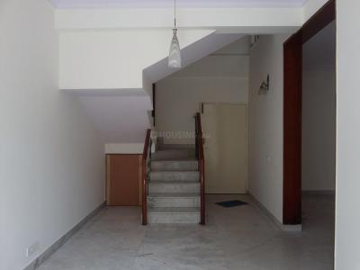 Gallery Cover Image of 1500 Sq.ft 3 BHK Apartment for rent in Ulsoor for 40000