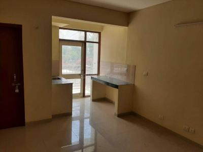 Gallery Cover Image of 640 Sq.ft 1 BHK Apartment for buy in Signature Global Solera, Sector 107 for 1600000