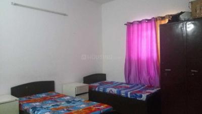 सेक्टर 23 में क्लॉक इन्न पीजी के बेडरूम की तस्वीर