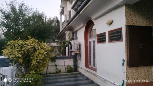 जोधपुर में हेटल पीजी अकॉमोडेशन के बिल्डिंग की तस्वीर
