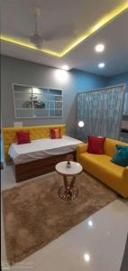 Gallery Cover Image of 550 Sq.ft 1 BHK Apartment for buy in Sector 85 for 1305000
