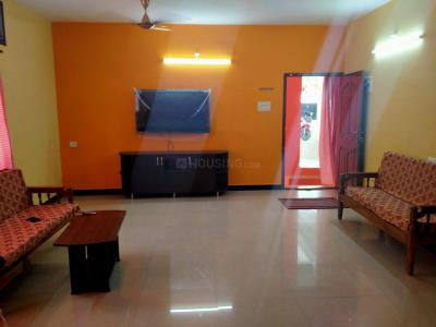 Gallery Cover Image of 1800 Sq.ft 3 BHK Apartment for rent in Thoraipakkam for 32000