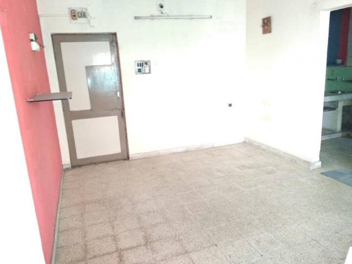 Hall Image of 500 Sq.ft 1 BHK Apartment for buy in Maninagar for 1900000