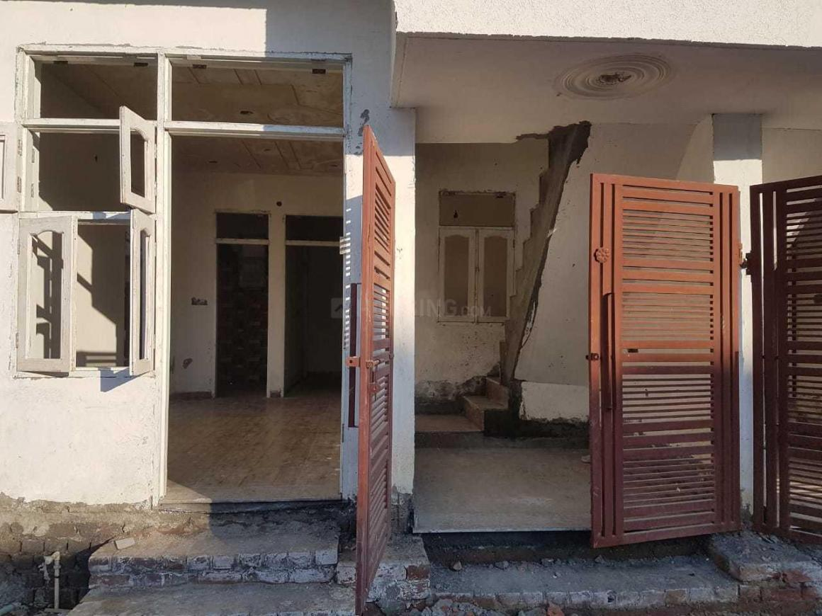 Building Image of 450 Sq.ft 1 BHK Independent House for buy in Sector 104 for 2811000