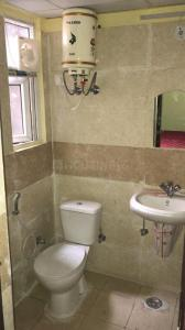 Gallery Cover Image of 1090 Sq.ft 2.5 BHK Apartment for rent in Amrapali Princely Estate, Sector 76 for 15000