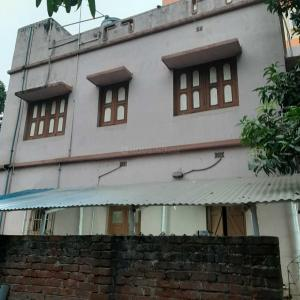 Gallery Cover Image of 2500 Sq.ft 6 BHK Independent House for rent in Arrah Kalinagar for 18000