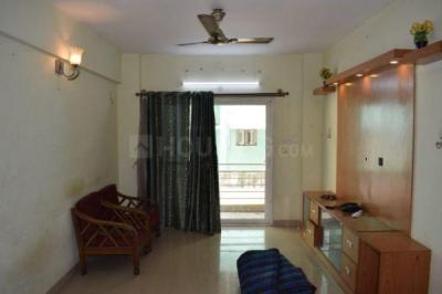 Gallery Cover Image of 1365 Sq.ft 3 BHK Apartment for rent in Abhinav Amara Courtyard, Marathahalli for 30000