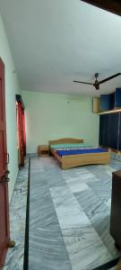 Gallery Cover Image of 1500 Sq.ft 2 BHK Independent Floor for rent in Nagwa for 17000