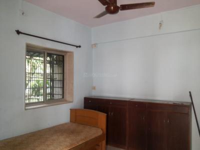 Gallery Cover Image of 700 Sq.ft 2 BHK Apartment for rent in Jai Avadhpuri Cooperative Housing Society, Goregaon West for 23000