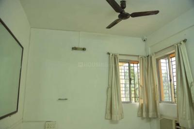 Gallery Cover Image of 812 Sq.ft 2 BHK Apartment for buy in Picnic Garden for 3200000