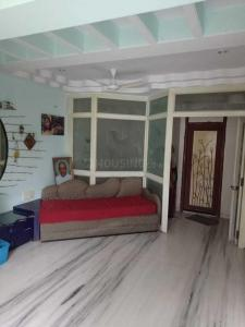 Gallery Cover Image of 576 Sq.ft 1 BHK Apartment for rent in Colaba for 75000