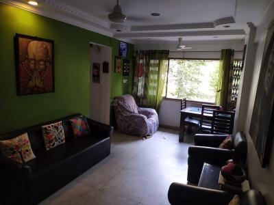 Gallery Cover Image of 1250 Sq.ft 2 BHK Apartment for rent in Andheri West for 60000