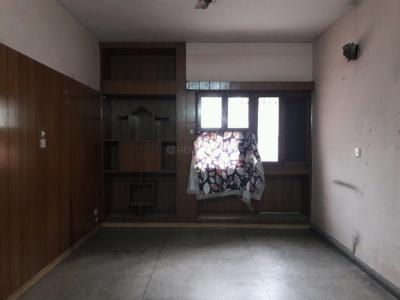 Gallery Cover Image of 1250 Sq.ft 2 BHK Apartment for rent in Sarita Vihar for 25000